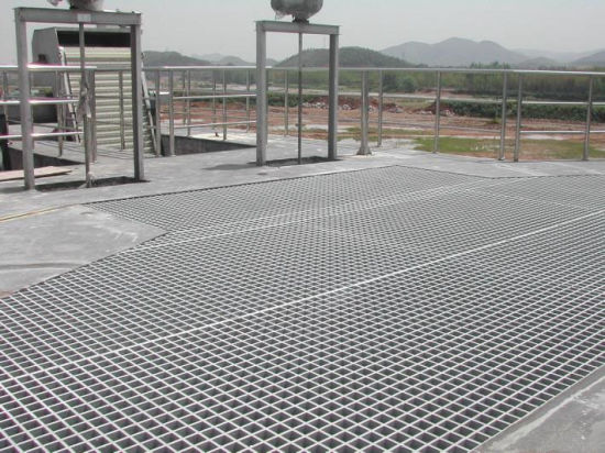 Nanjing Outdoor FRP Grating Walkway pictures & photos