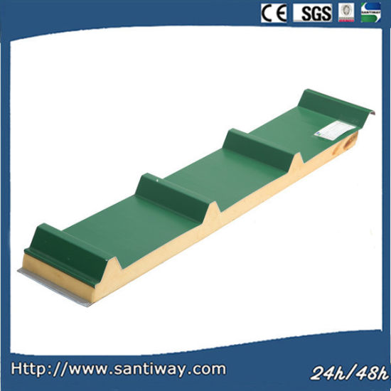 Green Color Corrugated PU Sandwich Panel