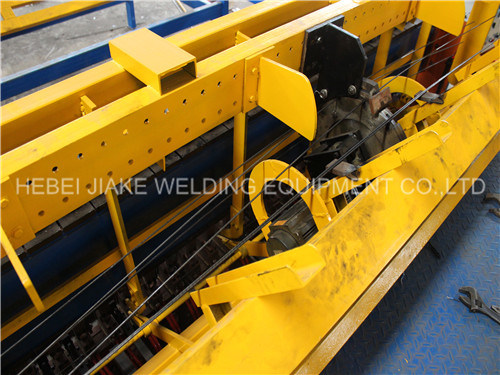 Automatic Concrete Steel Mesh Welding Machine pictures & photos