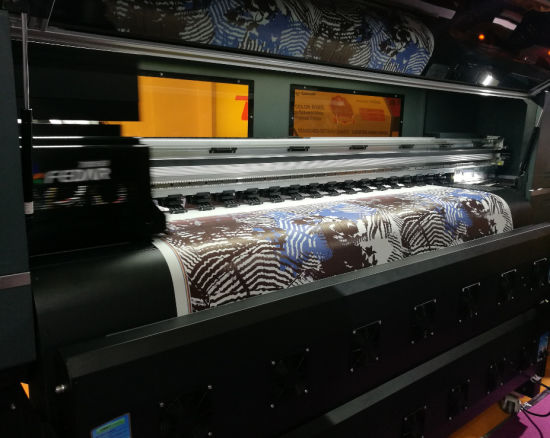 Digital Textile Printer with Sublimation Ink Printing pictures & photos