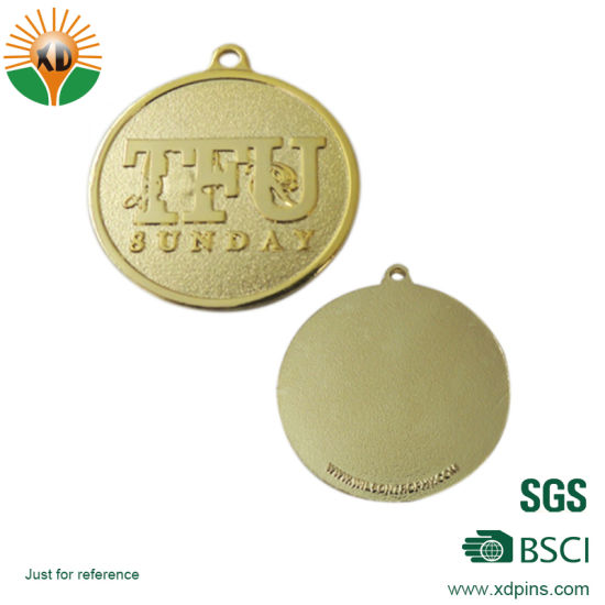 2018 Colorful Metal Medal with Customized Logo pictures & photos