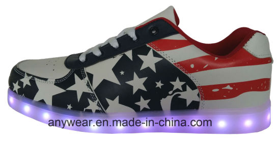 LED Light Sports Shoes Skaterboard Footwear Sneakers (816-5980) pictures & photos