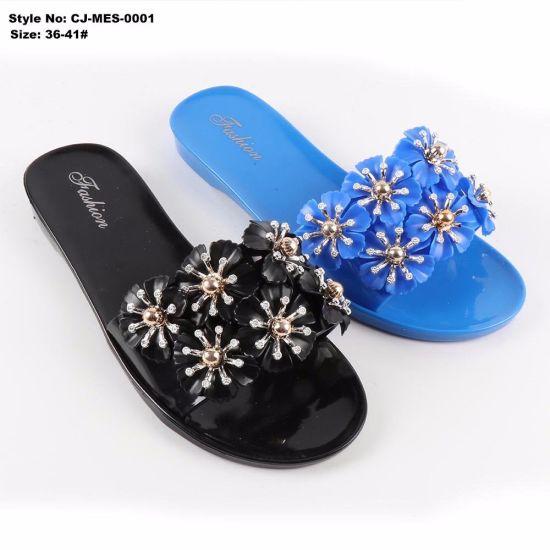 285c44aa3 China Women PVC Flat Sandal Shoes  Jelly Sandals - China Jelly Shoes ...