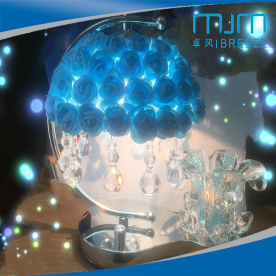 Factory Direct Sale Wedding Gift Perfume Lighting Table Lamp with Crystal&Flower pictures & photos