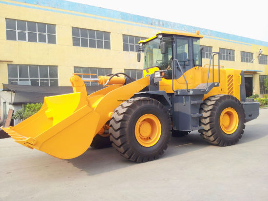Good Constuction Machinery Wheel Loader (LQ953) pictures & photos