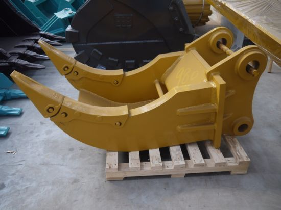 Xzshenfu Excavator Spare Parts Double Teeth Ripper Excavator Ripper pictures & photos