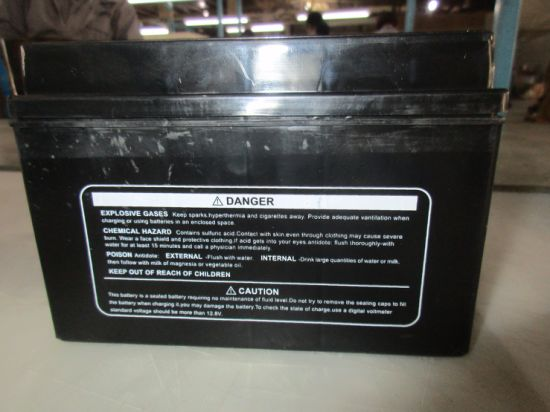 Ytx9-Dcmfbs 12V9ah Dry Charged Maintenance Free Motorcycle Battery pictures & photos