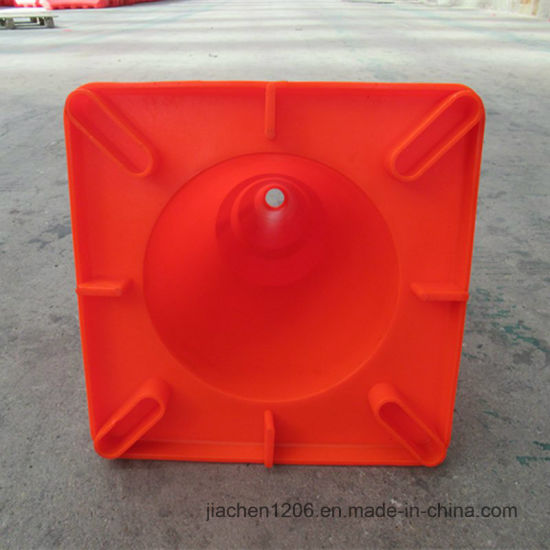 Wholesale PVC 450mm Traffic Cones for Road and Construction Use pictures & photos