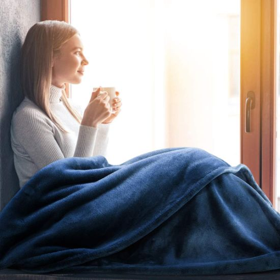 Amazon Wholesale Flannel Fleece Blanket Twin Size Yellow Receiving Throw Blanket for Bed Lightweight Super Soft Flannel Blanket