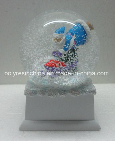 Polyresin Christmas Snow Ball with Music Base