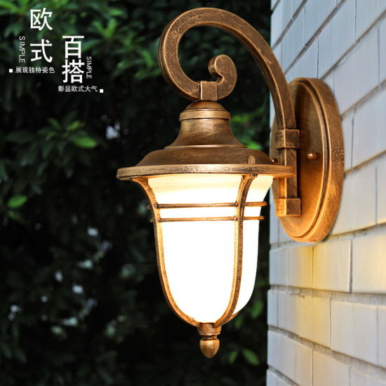 China Outdoor Led Column Lights Fixture