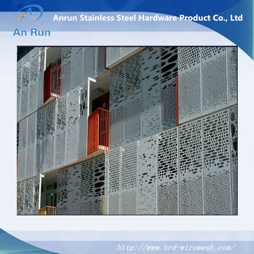 CNC Punched Aluminum Decorative Curtain Wall for Facade pictures & photos