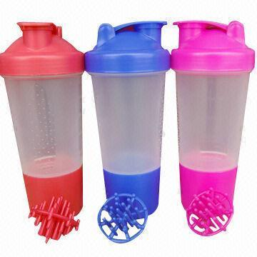 BPA Free 500ml Plastic Shaker with Wire Ball