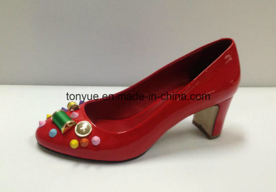 Hot Sales Fashion Chunky Heel Lady Leather Shoe with Rhinestones pictures & photos