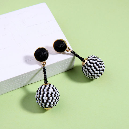 New Personal Simple Elegant Seedbead Ball Pendant Alloy Earrings for Women pictures & photos