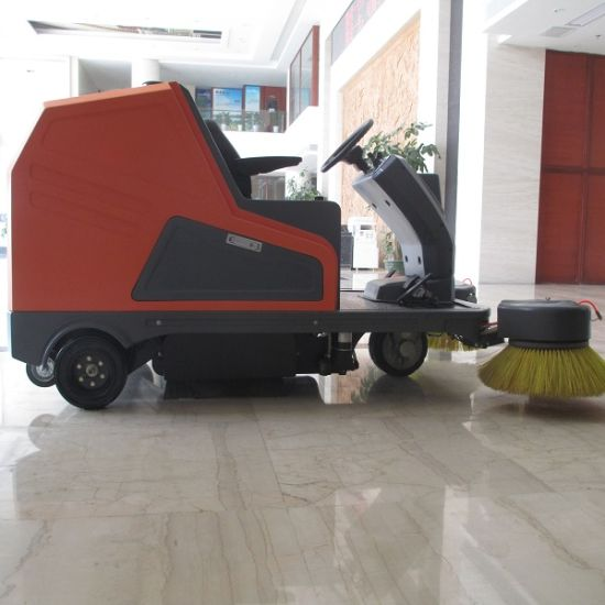 Automatic Electric Street Sweeping Vehicle (DQS18/18A) pictures & photos