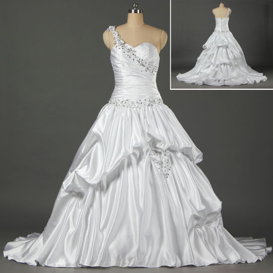 595f9d7f59a White Satin Ball Gown Bead Flowers One Shoulder Wedding Dresses for Bride  W064