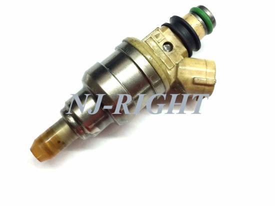 Denso Fuel Injector/Injector/Fuel Nozzel Inp470 for Suzuki pictures & photos