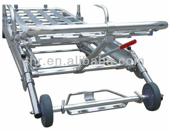 Thr-3b Medical Ambulance Stretcher Trolley pictures & photos