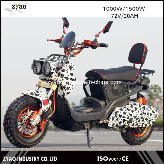72V 1000W Vespa Electric Scooter, 2 Wheel Electric Standing Moped Scooter for Sale pictures & photos