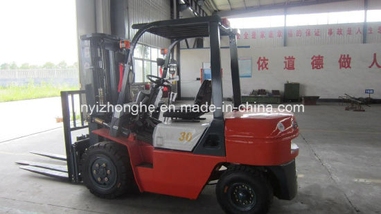 3 Tons Lifting Weight Diesel Forklift pictures & photos
