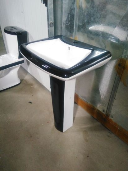 Exceptionnel Bathroom Combination, Sanitary Ware, Black Toilet And Basin