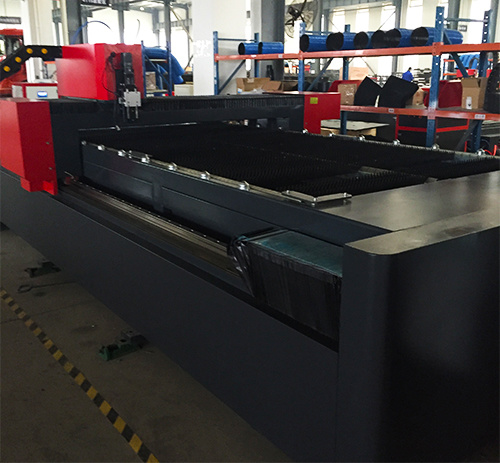 500W/1000W Fiber Metal Laser Cutting Machine pictures & photos