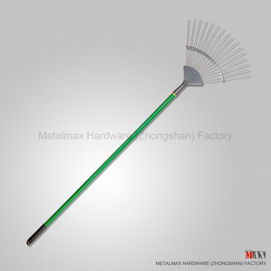 Wholesale Traditional Stainless Steel Garden Tool Wooden Handle Lawn Leaf Rake pictures & photos