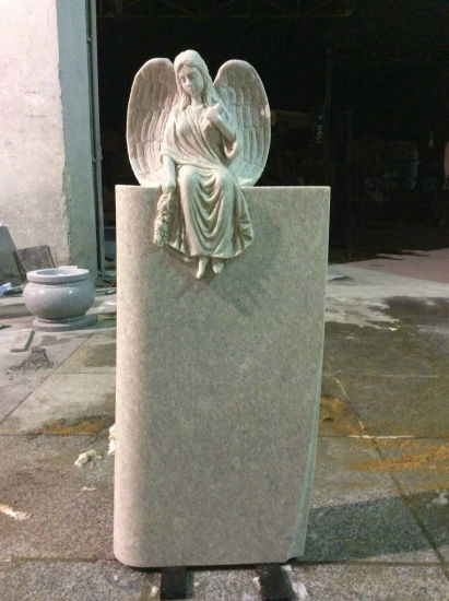 Pearl White Granite Angel Headstone pictures & photos