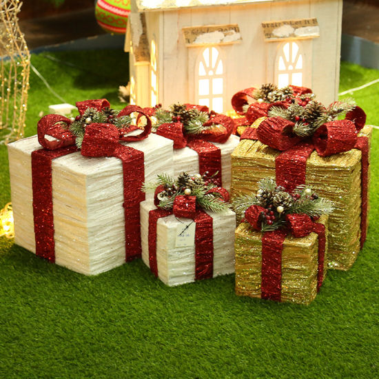 Christmas Decoration Item Iron Bag Cloth Gift Bag Three-Piece Christmas Scene Gift Box Decoration pictures & photos