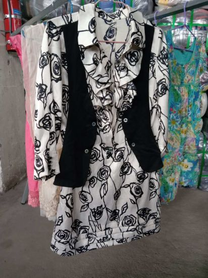 Used Clothing The Best Selling AAA Grade Used Clothes for African Countries pictures & photos