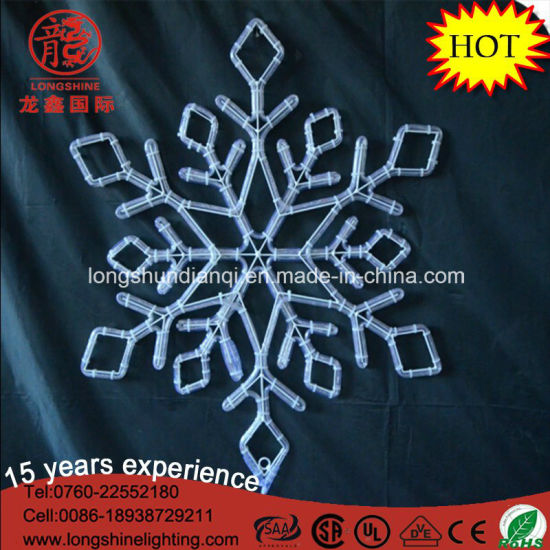 LED Snowflake Red Hanging Snowflake Rope Christmas Light for Home Decoration pictures & photos