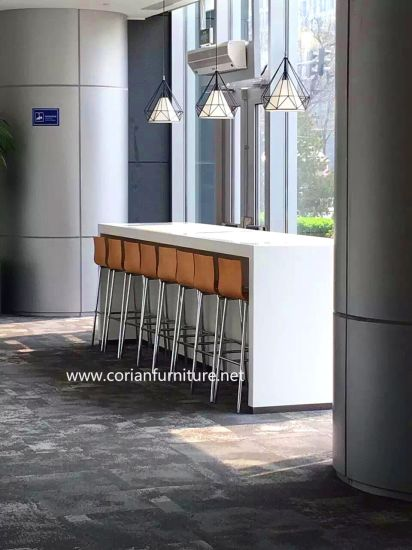 Hi Macs Acrylic Solid Surface High Bar Table pictures & photos