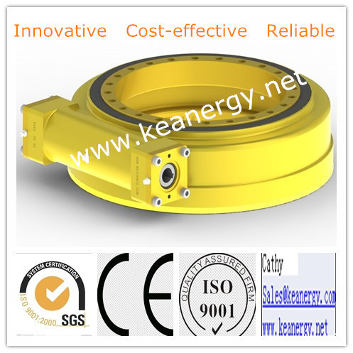 ISO9001/CE/SGS Single Axis Slewing Drive Applied in Robots pictures & photos