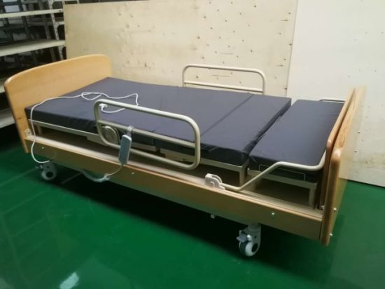 Terrific China Rotating Hospital Bed That Turns Into A Chair China Inzonedesignstudio Interior Chair Design Inzonedesignstudiocom
