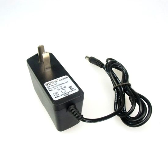 12V 1A AC/DC Adapter pictures & photos