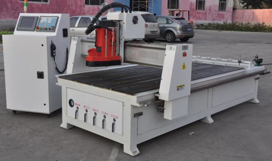 CNC Router Machine with Automatic Tool Changer (XE1325/1530) pictures & photos