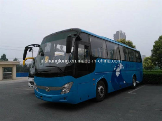 China 12 Meters Coach 60-65 Seats Passenger Bus with Cummins Engine pictures & photos
