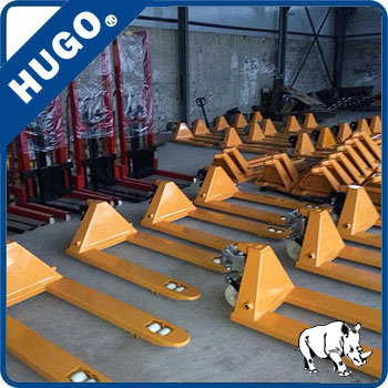 Df Pump Hydraulic Hand Pallet Truck Small Forklift Lift Table pictures & photos