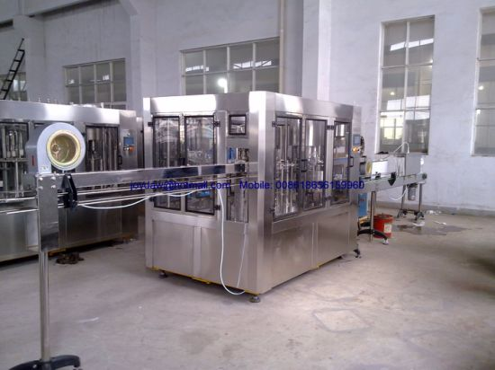 8000b/H Bottled Water Production Line Water Filling Packaging Machine pictures & photos