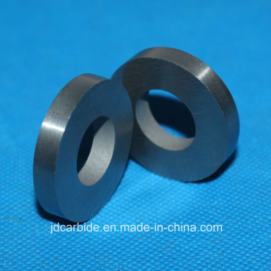 Finely Ground and Polished Tungsten Carbide Ring pictures & photos