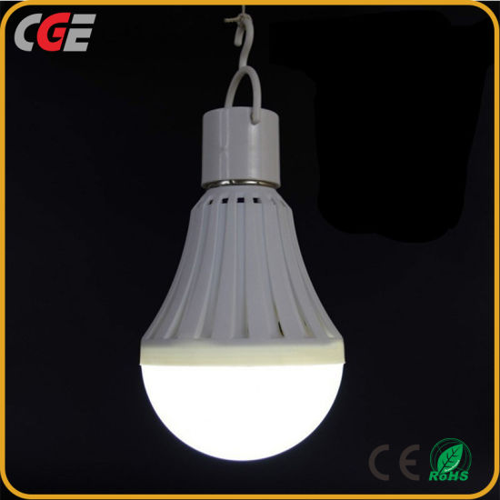 12W Ce Rechargeable LED Emergency Bulb Light with Built-in Battery