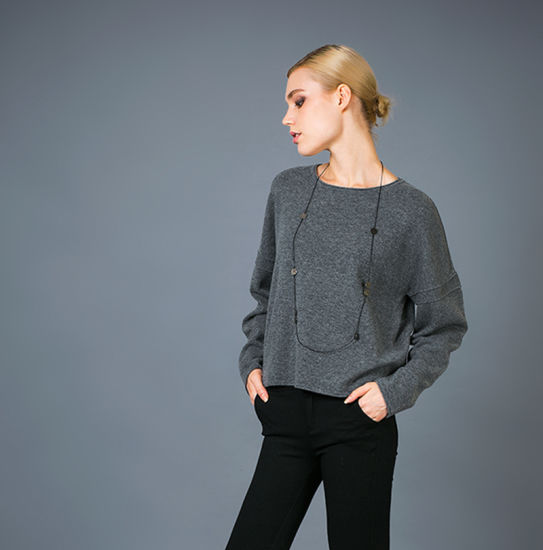 Pure Cashmere & Extrafine Merino-Wool Blends Lady′s Fashion Basic Style Sweater pictures & photos