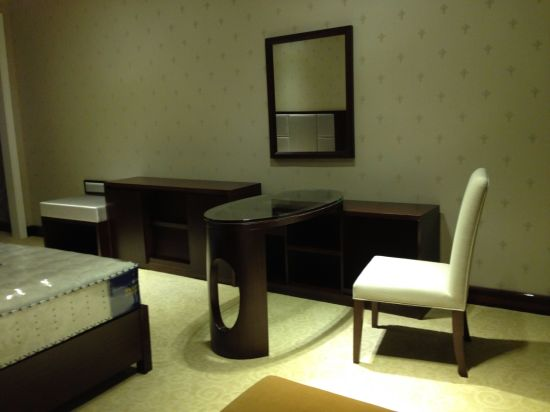 Hotel Furniture/Luxury Hotel Double Bedroom Furniture/Standard Hotel Double Bedroom Suite/Double Hospitality Guest Room Furniture (NCHB-5001020311) pictures & photos