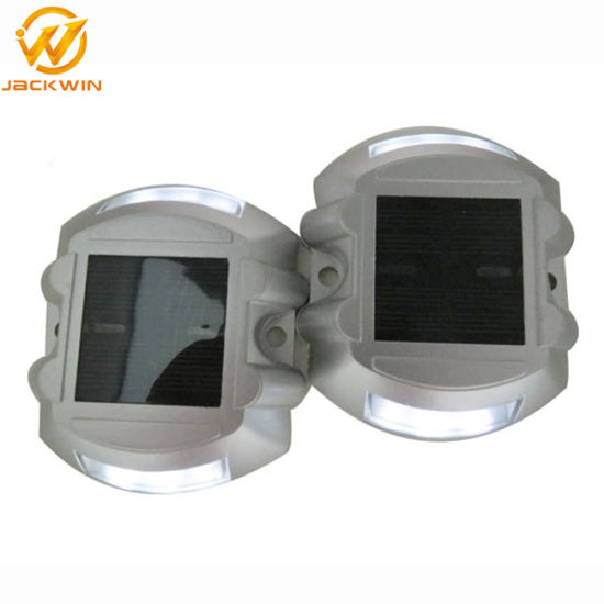 Flashing Solar LED Road Marker Cat Eye Road Stud (SRS-001) pictures & photos