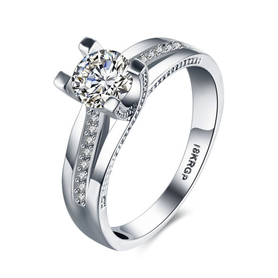 Fashion Jewelry Gift Women CZ Silver Wedding Band Ring pictures & photos