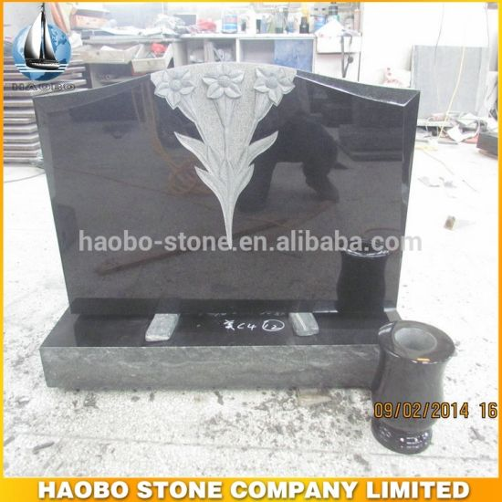 Haobo Stone Black Granite American Upright Monument with Carved Daffodils
