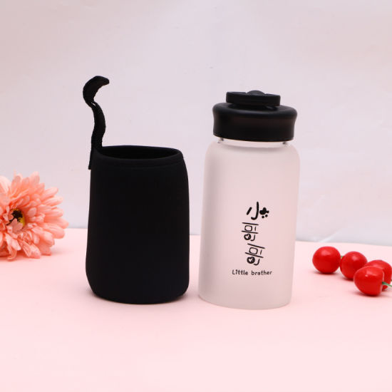2019 Promotion Gift Sport Shaker Frosted Drinking Bottle Glass Water Bottle with Phone Stand