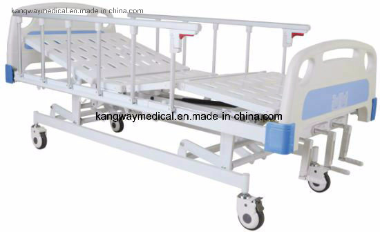 Medical Ward Nursing Care Bed with Three Cranks Hospital Furniture (SLV-B4026) pictures & photos