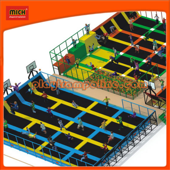 2014 Mich New Design Large Trampolines pictures & photos